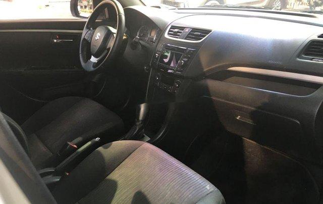 Bán ô tô Suzuki Swift đời 2016, màu trắng còn mới4