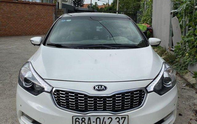 Cần bán lại xe Kia K3 sản xuất 2016, màu trắng còn mới0