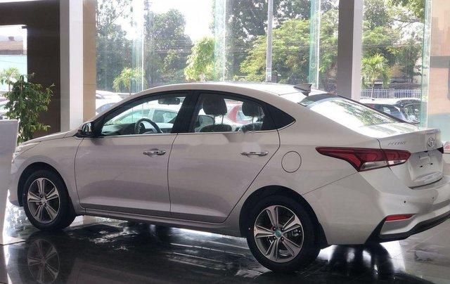 Bán xe Hyundai Accent sản xuất 2019, hỗ trợ trả góp lên đến 80% tối đa 8 năm5