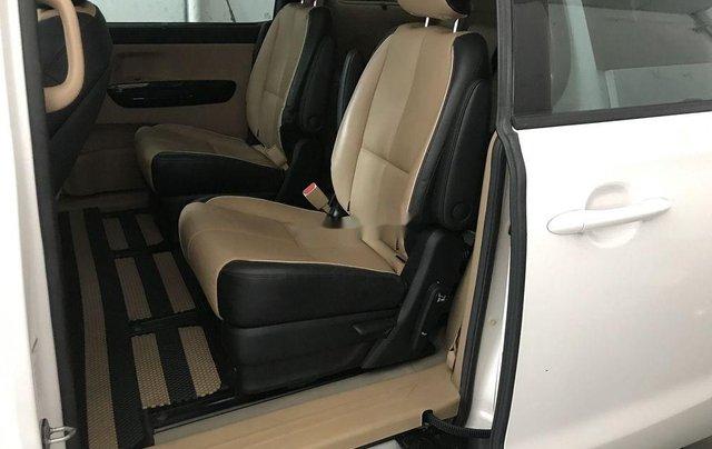 Bán Kia Sedona sản xuất năm 2016, màu trắng, nhập khẩu còn mới, giá 815tr8