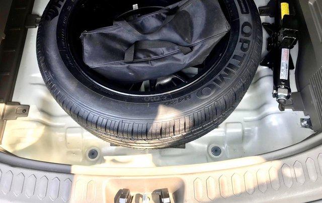 Bán xe Kia Sportage model 2015, bản full, mới 95%8