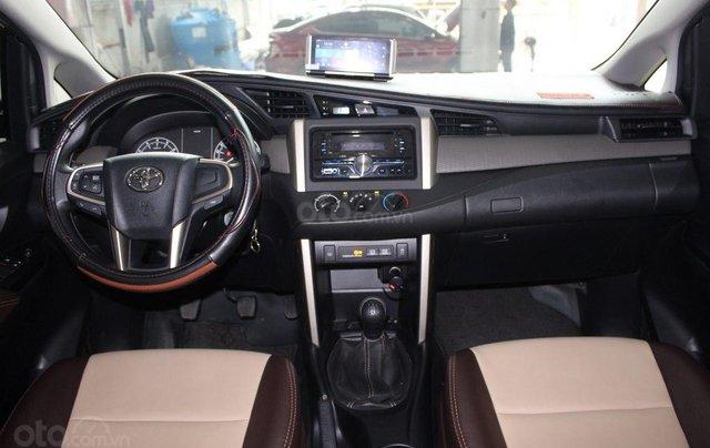 Toyota Innova E 2.0MT 2019, 13.000km, xe mới tinh và chất, trả góp 70%8