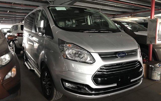 Ford Tourneo mới, đẳng cấp, tiện nghi, rộng rãi - 7 chỗ B22