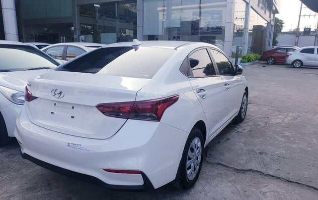 Hyundai Accent 1.4 MT khuyến mãi lớn, hỗ trợ vay, giao xe tận nhà3