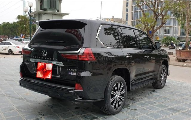 Bán ô tô Lexus LX 570s Super Sport Sx 2018 đăng kí 2019, màu đen tên công ty XHĐ cao. LH: 0905098888 - 0982.84.28383