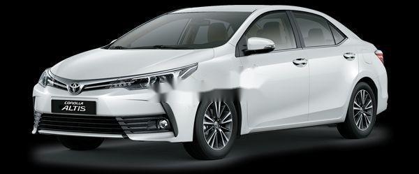 Bán Toyota Corolla Altis sản xuất năm 2018, màu trắng0