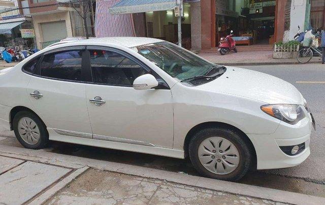 Cần bán Hyundai Avante năm 2011, nhập khẩu nguyên chiếc, giá 335tr5