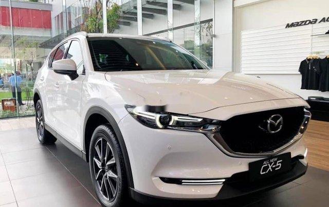 Cần bán xe Mazda CX 5 năm 2018, màu trắng0