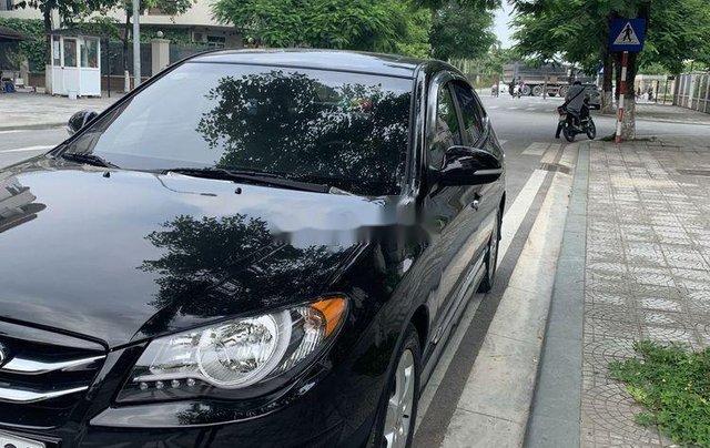 Cần bán gấp Hyundai Avante năm sản xuất 2012, màu đen còn mới0