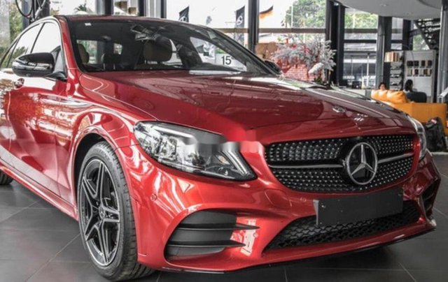 Bán Mercedes C200 đời 2019, tặng thuế trước bạ và bảo hiểm0