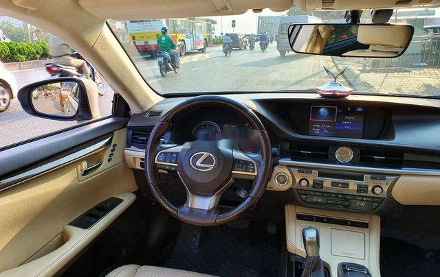 Cần bán xe Lexus ES sản xuất năm 2016, màu vàng, nhập khẩu còn mới8