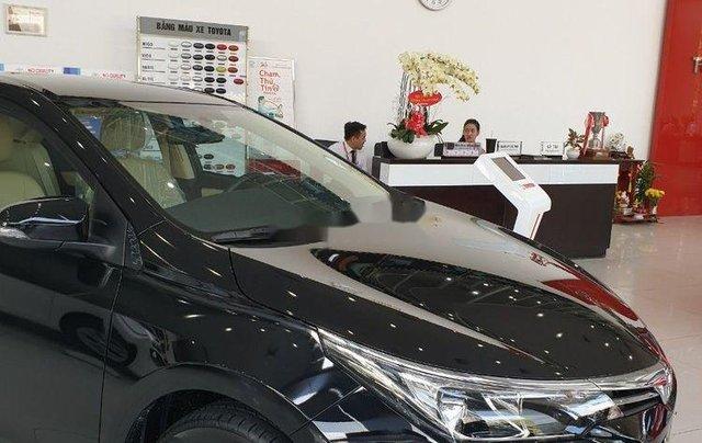 Bán xe Toyota Corolla Altis đời 2019, màu đen, mới 100%2