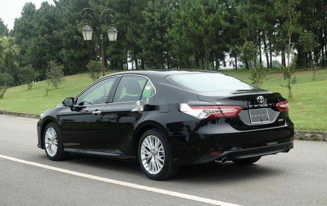 Bán xe Toyota Camry đời 2019, màu đen, nhập khẩu. Giao xe ngay1