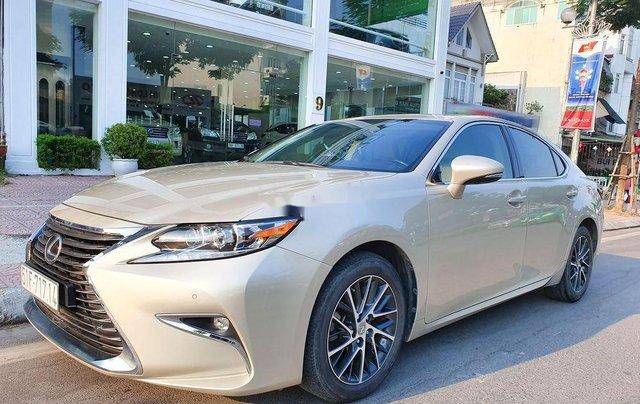 Cần bán xe Lexus ES sản xuất năm 2016, màu vàng, nhập khẩu còn mới1