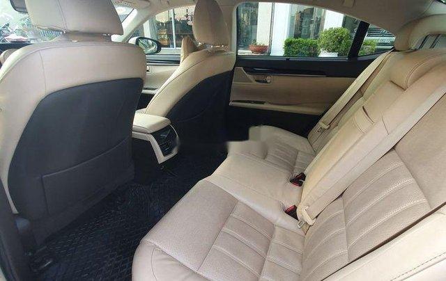 Cần bán xe Lexus ES sản xuất năm 2016, màu vàng, nhập khẩu còn mới11