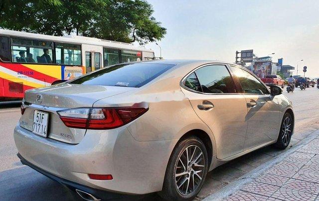 Cần bán xe Lexus ES sản xuất năm 2016, màu vàng, nhập khẩu còn mới3