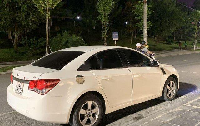 Bán Daewoo Lacetti sản xuất 2009, màu trắng, xe nhập còn mới5