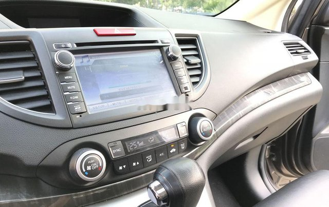 Bán Honda CR V 2.4 AT đời 2013, màu xám, biển TP10
