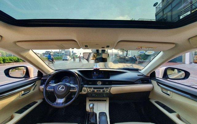Cần bán xe Lexus ES sản xuất năm 2016, màu vàng, nhập khẩu còn mới7