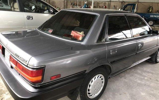 Bán Toyota Camry năm sản xuất 1992, màu xám 1