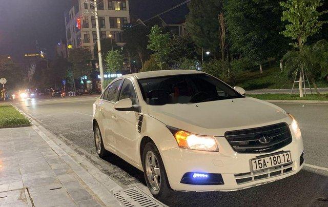 Bán Daewoo Lacetti sản xuất 2009, màu trắng, xe nhập còn mới6