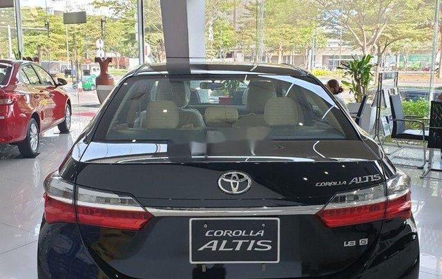 Bán xe Toyota Corolla Altis đời 2019, màu đen, mới 100%0