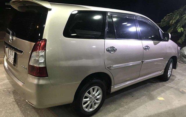 Bán Toyota Innova đời 2013, màu vàng cát, số tự động, giá chỉ 470 triệu2