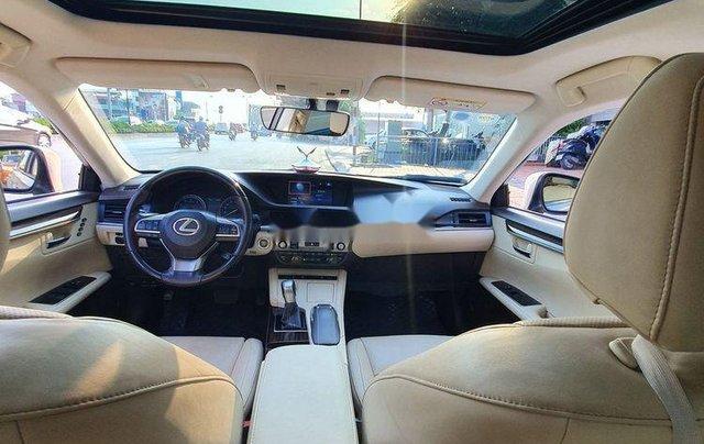 Cần bán xe Lexus ES sản xuất năm 2016, màu vàng, nhập khẩu còn mới6