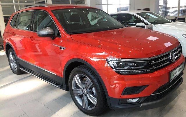 Volkswagen Tiguan Allspace Luxury, đủ màu, giao ngay, ưu đãi khủng nhất trong năm -hotline 09336639200