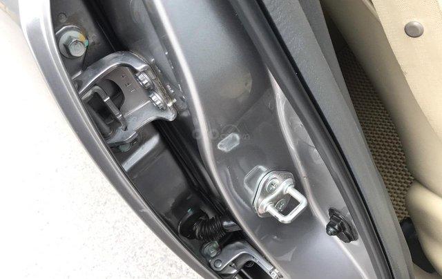 Bán Honda Civic 1.8MT đời 2009, màu xám (ghi), form mới 2010, công nhận mới thật18