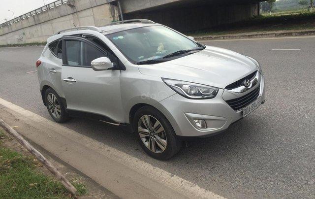 Bán xe Hyundai Tucson sản xuất 2014, màu bạc còn mới giá 670 triệu đồng5
