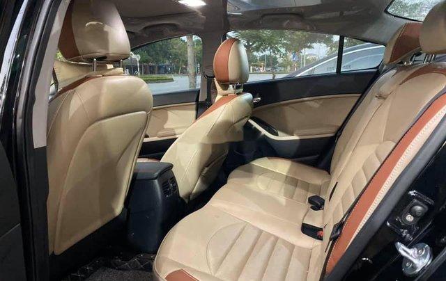 Cần bán gấp Kia Cerato đời 2018, màu đen như mới6
