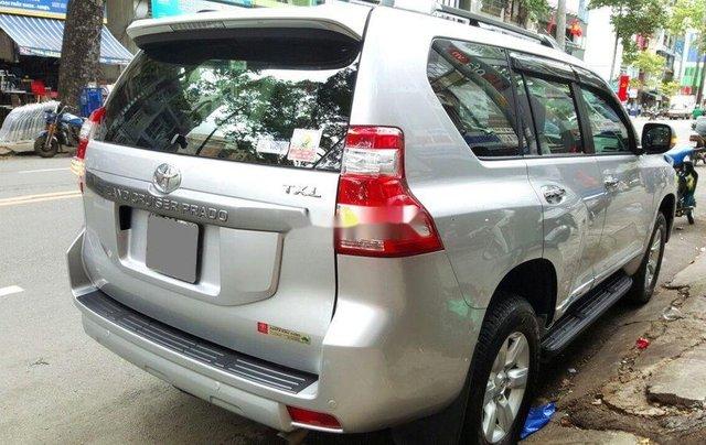 Cần bán gấp Toyota Prado 2014, màu bạc, nhập khẩu nguyên chiếc3