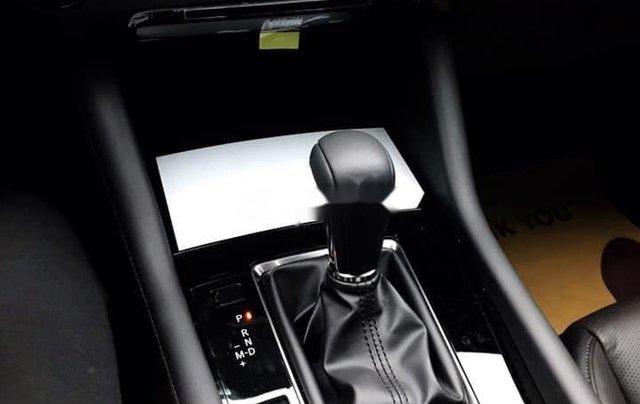 Bán xe Mazda 3 năm sản xuất 2019, màu xám5