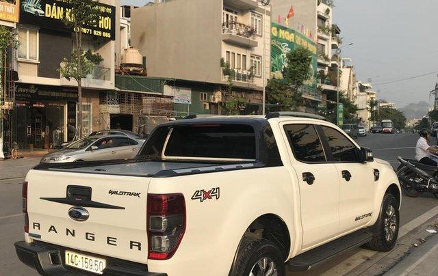 Cần bán xe Ford Ranger Wildtrak 3.2 4x4 AT đời 2016, màu trắng, xe chính chủ, nhập khẩu Thái Lan, liên hệ: 09822559663