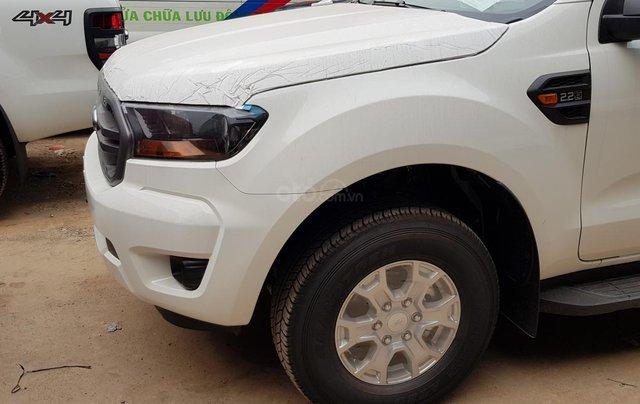 Ford Ranger XLS khuyến mãi 30 triệu TM và PK LH 09314019680
