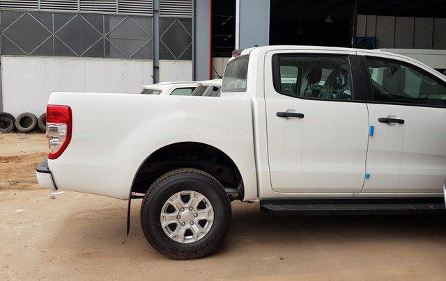 Ford Ranger XLS khuyến mãi 30 triệu TM và PK LH 09314019682