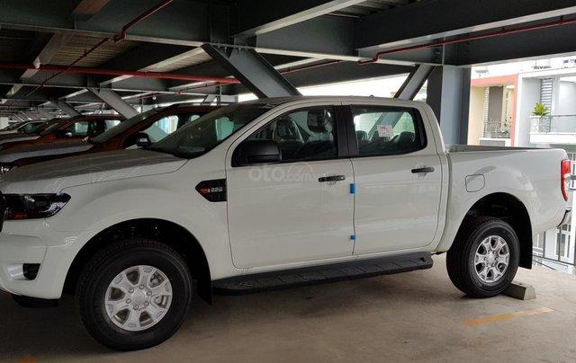 Ford Ranger XLS khuyến mãi 30 triệu TM và PK LH 09314019683