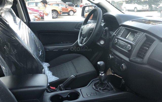 Ford Ranger XLS khuyến mãi 30 triệu TM và PK LH 09314019685