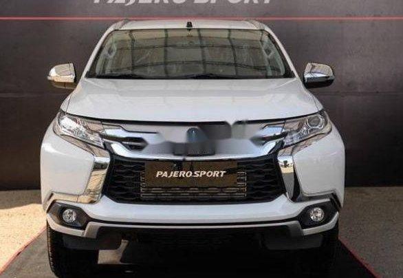 Bán Mitsubishi Pajero sản xuất 2019, nội thất sang trọng đầy tiện ích0