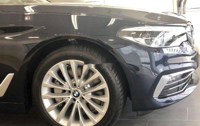 Bán xe BMW 5 Series năm 2019, màu đen, xe nhập3
