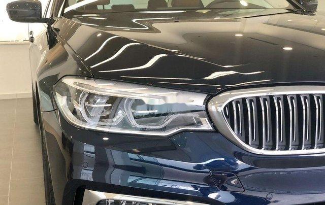 Bán xe BMW 5 Series năm 2019, màu đen, xe nhập2