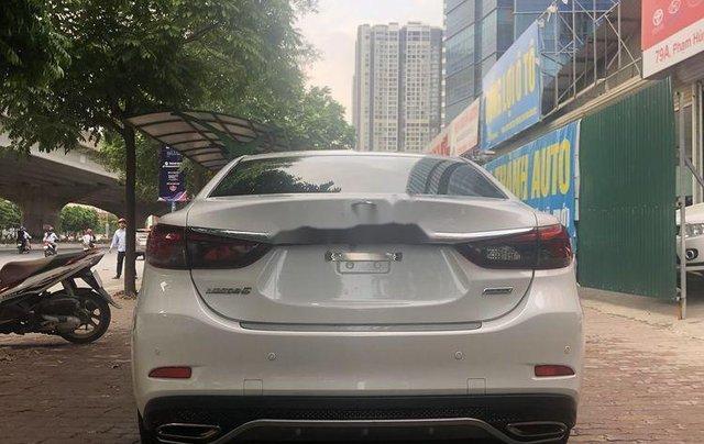 Cần bán lại xe Mazda 6 sản xuất năm 2019, màu trắng1