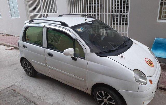 Cần bán gấp Daewoo Matiz sản xuất năm 2004, màu trắng, nhập khẩu nguyên chiếc còn mới, giá chỉ 49 triệu1