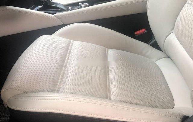 Cần bán lại xe Mazda 6 sản xuất năm 2019, màu trắng7