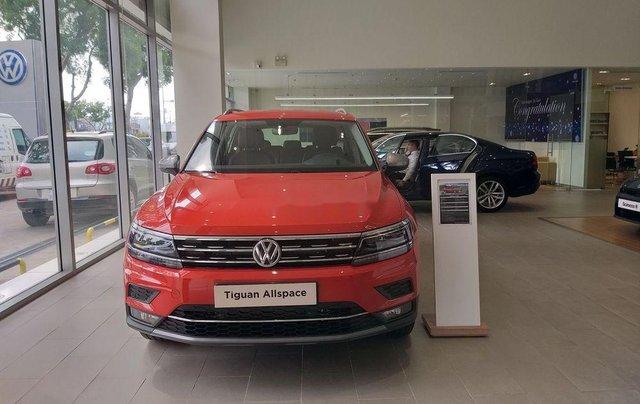 Bán ô tô Volkswagen Tiguan sản xuất năm 2018, màu đỏ, xe nhập0