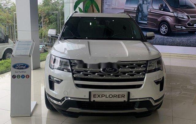 Cần bán xe Ford Explorer đời 2019, màu trắng, nhập khẩu0