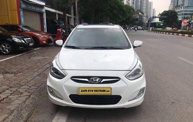 Xe Hyundai Accent sản xuất 2014, màu trắng, nhập khẩu nguyên chiếc còn mới0