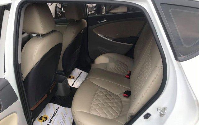 Xe Hyundai Accent sản xuất 2014, màu trắng, nhập khẩu nguyên chiếc còn mới1