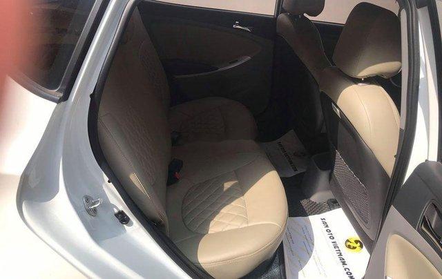 Xe Hyundai Accent sản xuất 2014, màu trắng, nhập khẩu nguyên chiếc còn mới6